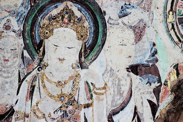 Mural Meiren Pusa (618 — 712) in the 57th Cave of Mogao Grottoes