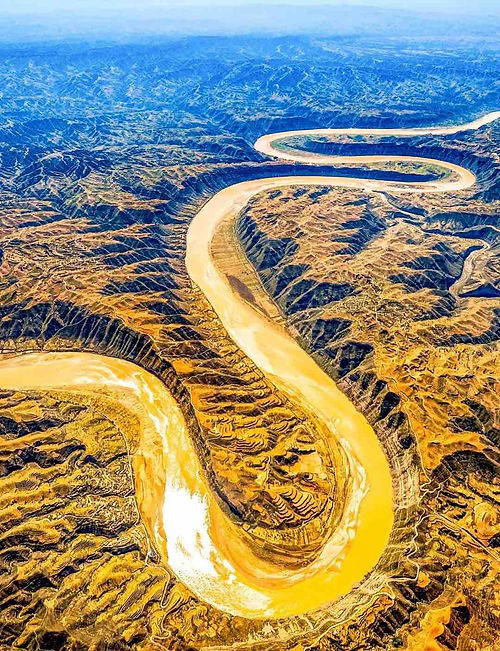 Sandy Yellow River in Jinshan Canyon (Boundary of Shanxi, Shaanxi, and Inner Mongolia Provinces)