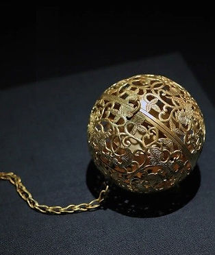 Gold Sachet of the Tang Dynasty (618 — 907)