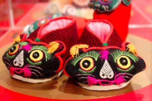 Tiger-head shaped shoes