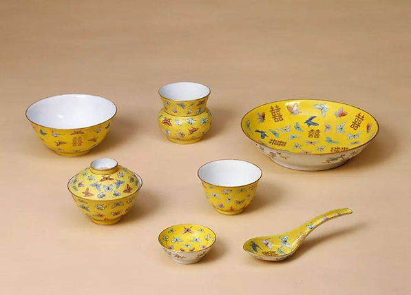 Part of Wedding Porcelain Sets for Emperor Tongzhi (1862 — 1874)