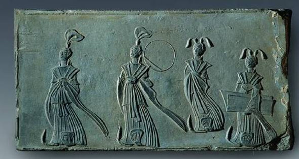Unearthed Portrait Brick of Noble Women of the North and South Dynasties
