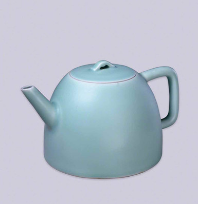 Cyan Glaze Teapot of the Qing Dynasty (1636 — 1912) — Palace Museum