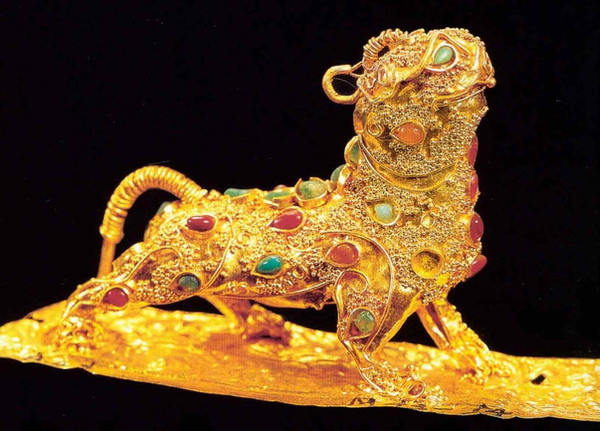 Gold Filigree Mythical Animal Bi Xie (25 — 220)