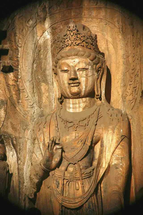 Buddha Statue of Longmen Grottoes, Photo from Official Site of Longmen Caves.