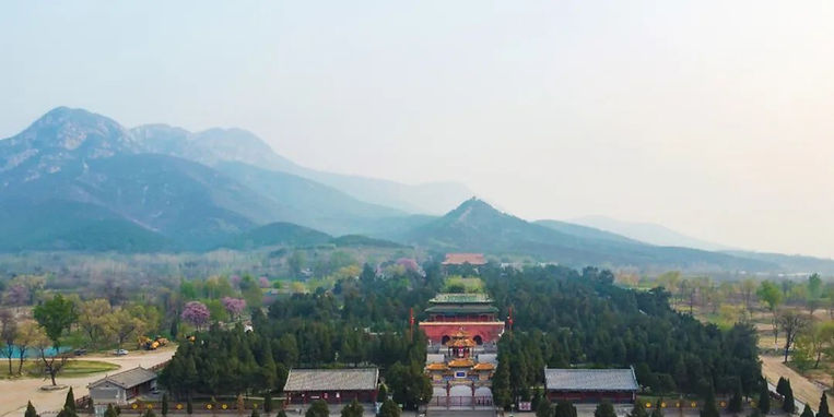 Zhongyue Temple at the foot of Mount Song