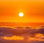Sunrise Red — Dan Se (丹色)