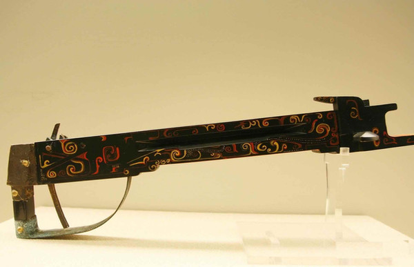 Restored Crossbow of the Warring States Period