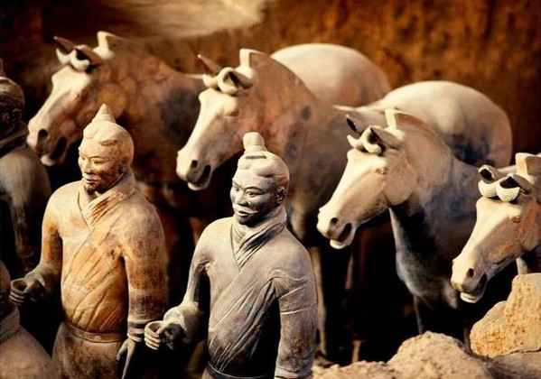 Terracotta Warriors Holding Disappeared Weapons