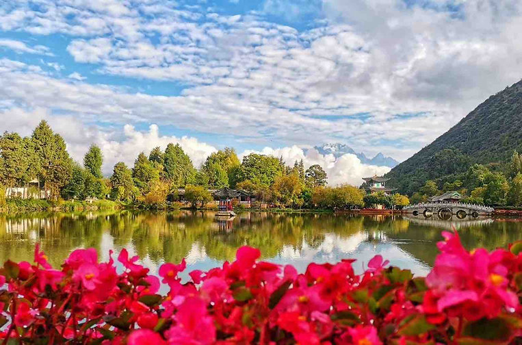 Black Dragon Pond or Heilong Tanof the Old Town of Lijiang