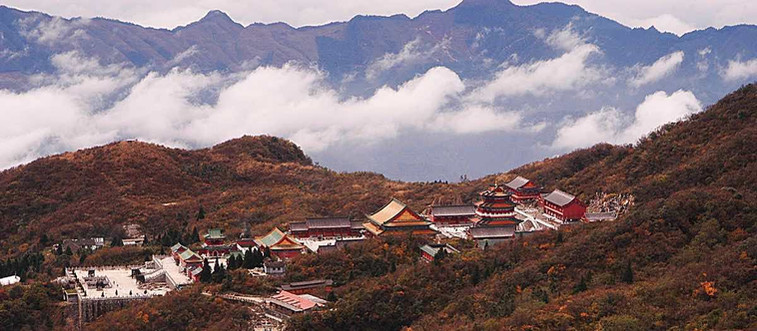 Tianmenshan Temple in Zhangjiajie.