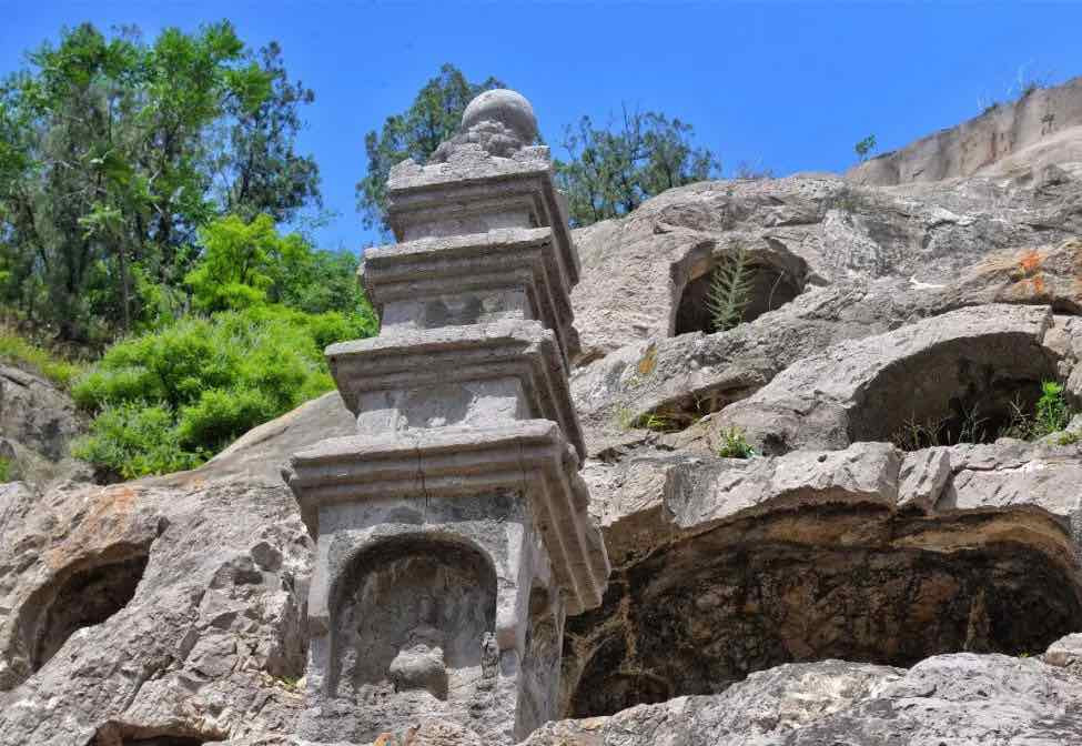 Architecture - Stone Stupa of Longmen Grottoes, Photo from Official Site of Longmen Caves.