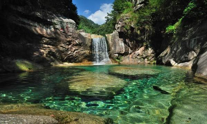 Thermal Spring of Huangshan Mountain