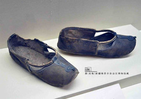 Unearthed Leather Shoes of the Tang Dynasty — Xinjiang Museum