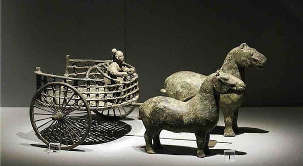 Unearthed Bronze Carriage of the Warring States Period