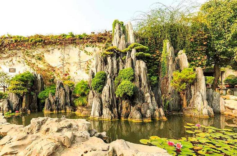 Artful Rockeries of Lingering Garden