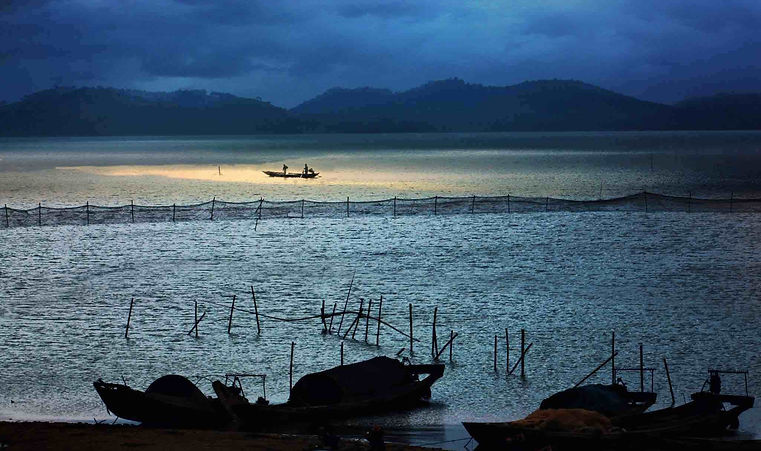 Night View of Poyang Lake, Photo from Official Site of Poyanghu National Wetland Park.