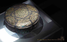 Unearthed Silver with Gilding Box of the Tang Dynasty — Shaanxi History Museum