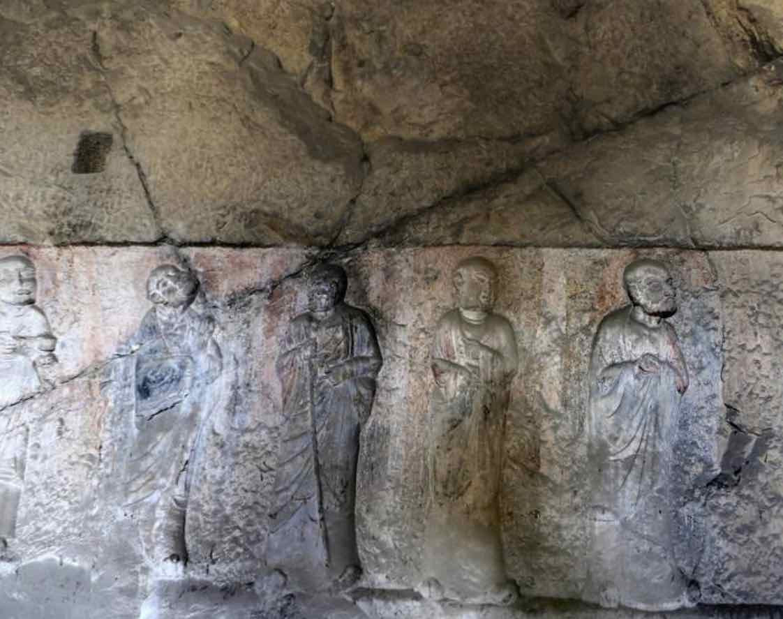 Religion - Stone Carved Buddist Arhats in Kanjing Temple of Longmen Grottoes, Photo by Yunfei.