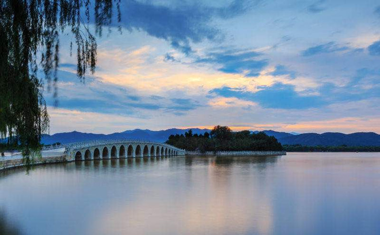 Seventeen Arches Bridge to Nanhu Island, One of the Three Islands on the Kunming Lake.