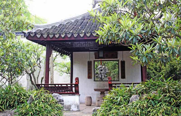 Beautiful Fruit Pavillon or Jiashi Ting (嘉实亭)