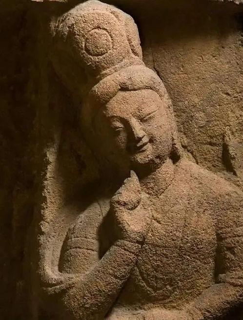 Smiling Buddhaof Yungang Grottoes