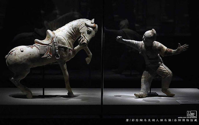 Unearthed Painted Pottery Figurines of Taming A Horse in the Tang Dynasty