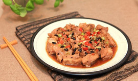 Steamed Spare Ribs in Black Bean Sauce