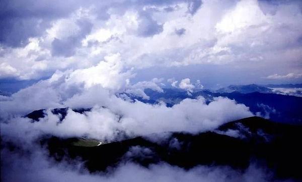 Seas of Cloud on Mount Heng