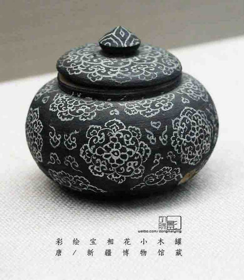 Painted Wooden Jar of the Tang Dynasty — Xinjiang Museum
