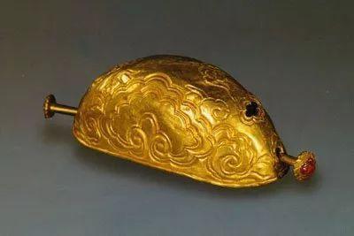 Gold Guan (Shu Fa) of the Ming Dynasty (1368 — 1644) — Nanjing Museum