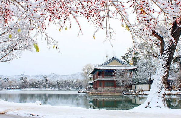 Winter View of Yanyu Lou of Chengde Mountain Resort, Photo from Official Site of Chengde.