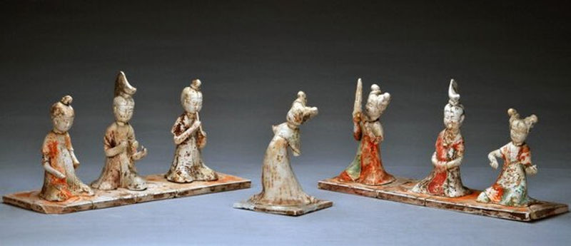 pottery figurine of royal band of the Tang Dynasty (618 --907)