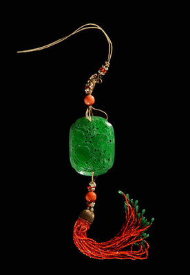 Jade Sachet of the Qing Dynasty (1636 — 1912) — Palace Museum
