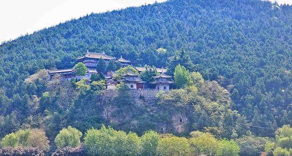 Xiangshan Temple next to Longmen Grottoes