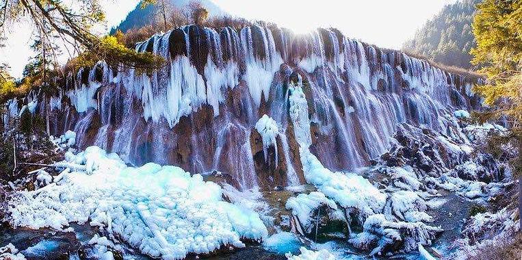 Ice Waterfall View of Jiuzhaigou in Winter