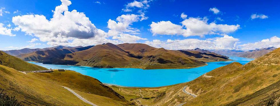 Yamdroktso Lake.jpg