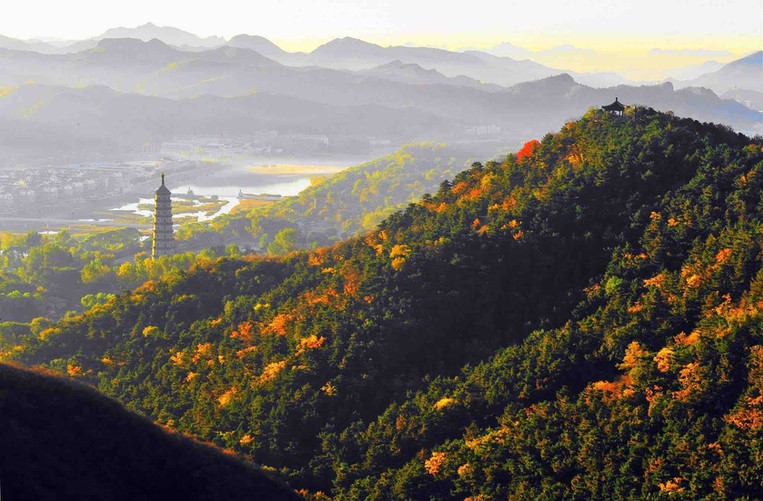 Towers and Pavillions in Mountain Area of Chengde Mountain Resort