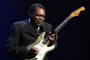 Feature: Robert Cray talks Muddy Waters, vinyl collecting, and NPR Tiny Desk Concerts + G Live Gig R
