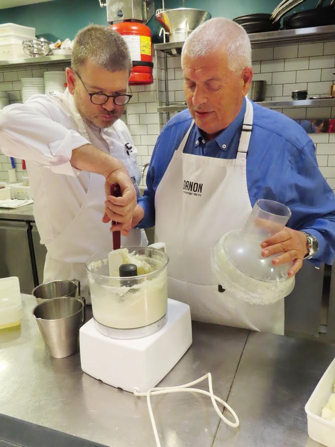 גלידת אגסים בשלוש דקות של יובל
