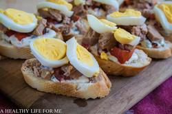 ברוסקטה טונה, ביצים ואגסים