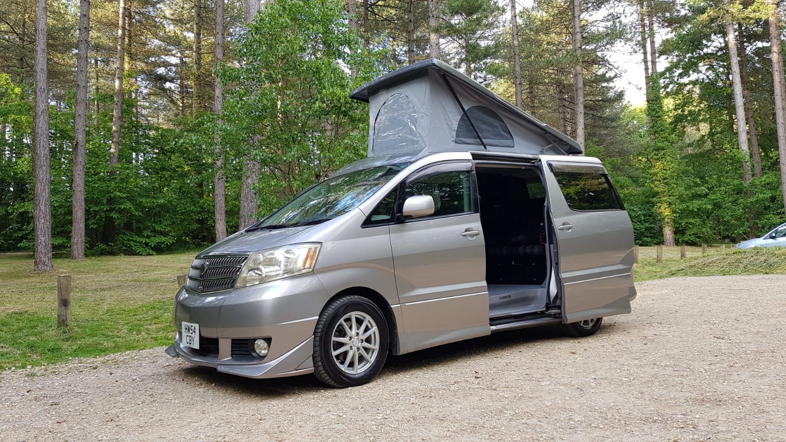 """Neville"" -Alphard Roof and RR"