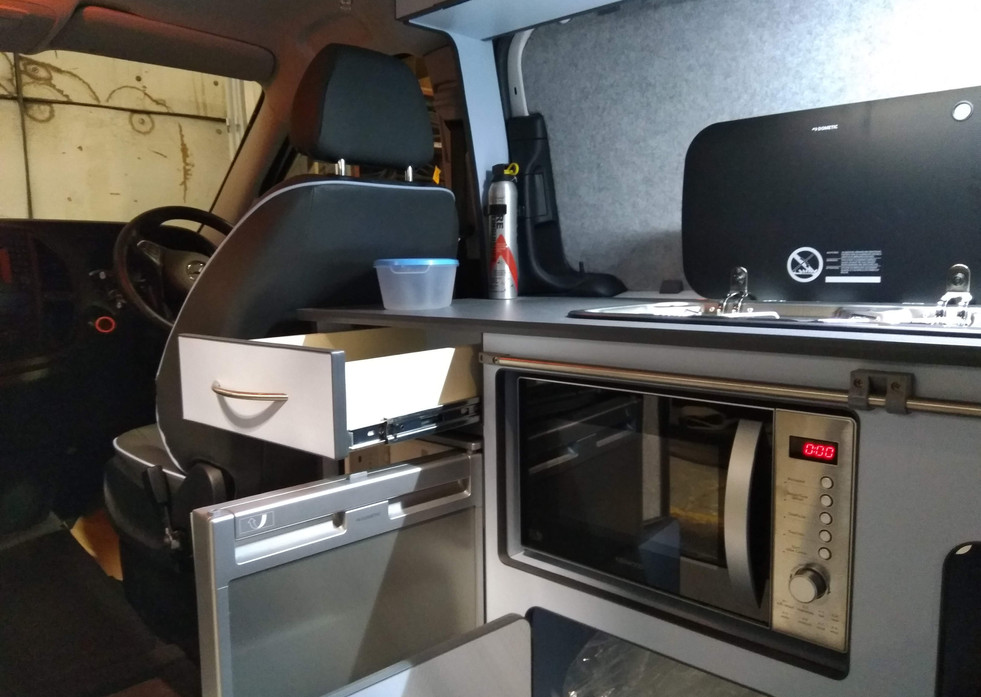 Mercedes Vito Bespoke Conversion (17).jp