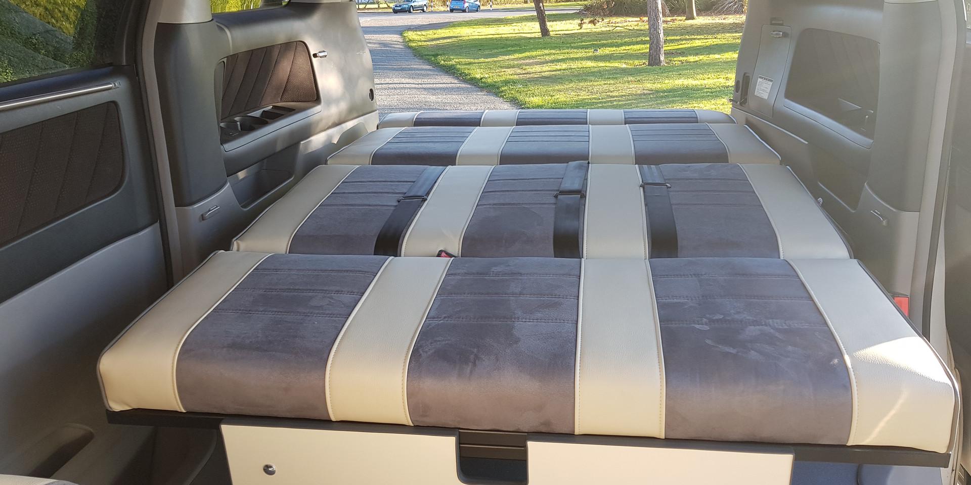 """48"""" Rock n' Roll Bed Day Van"""