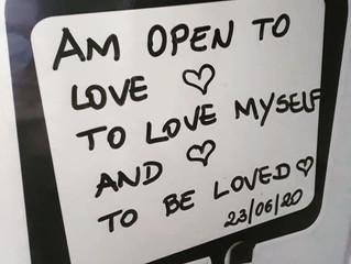 Por que tantas pessoas resistem a se entregar ao amor?