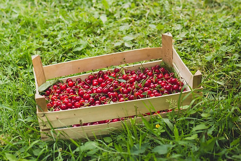 2kg box of premium Cherries
