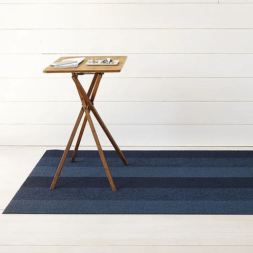 "Chilewich ""Marbled Stripe"" Mat in Bay Blue"