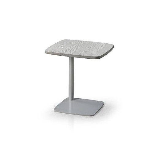 Leo Pull-Up Table