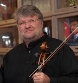 Dmitry in Vienna, 2013.png