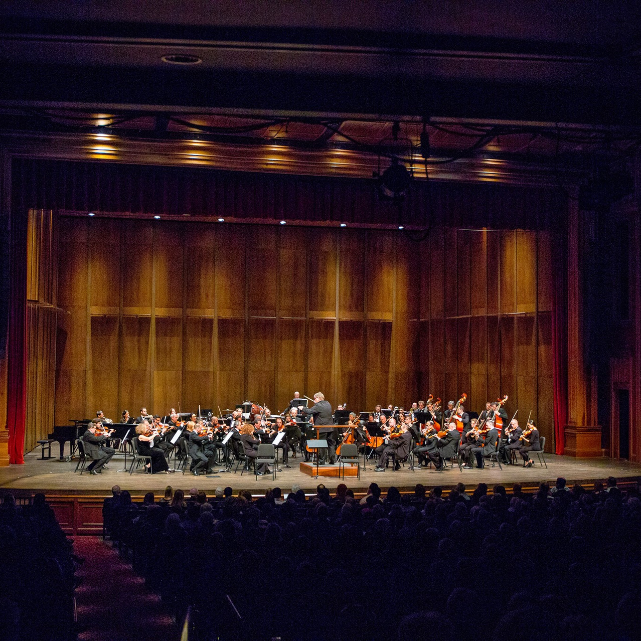 Concert at Ruby Diamond Concert         Hall in Tallahassee, Florida, with Dmitry Yablonsky and Danielle Akta.   (photo © Bill Lax)
